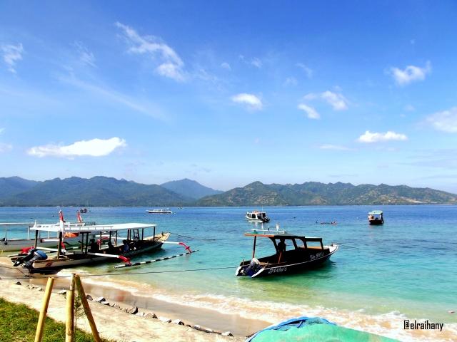 Perahu pantai Lombok